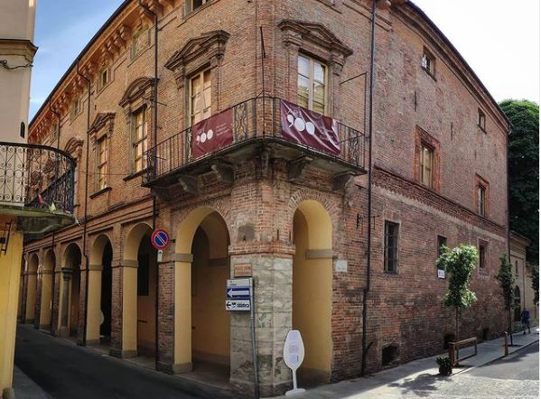 enotecanizza-palazzo